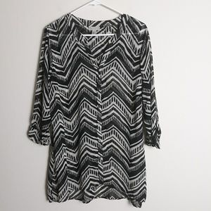 Dress Barn geometric sheer black white blouse